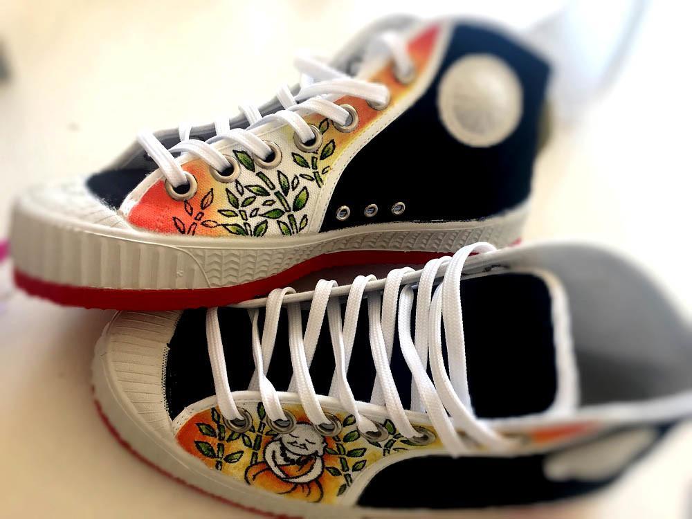 zapatillas personalizadas cebo poisonestudio buda2