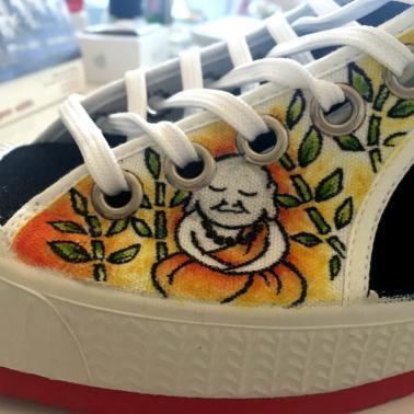 zapatillas personalizadas cebo poisonestudio buda3